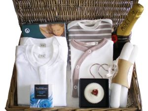 Lion and Unicorn Luxury Baby Gift Hamper